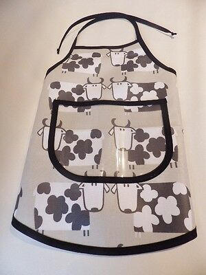 Hand Crafted KIDS DESIGN OILCLOTH CHILDRENS COOK/CRAFT APRON: NATURAL COWS