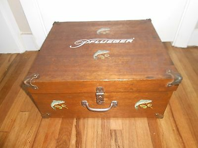 RARE Antique PFLUEGER Fly Fishing Wooden Salesman Counter Display Tackle CASE