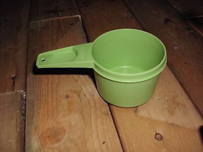 Vintage Tupperware Replacement Lime Green Measure Cup 2/3 Cup #763