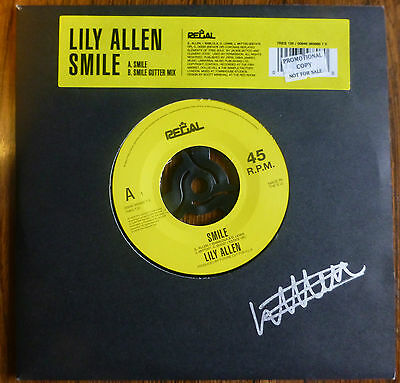 Hand Signed Lily Allen 'Smile' 7 inch vinyl single Limited Edition Rare NEW