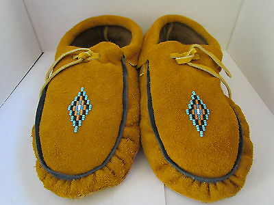 Authentic Native American Moccasins 9 Inch Traditional Diamond Beading