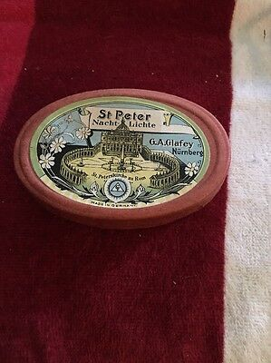 St. Peter Nacht Lichte. Oval Box of tiny Candles & Floaters. Germany. Very nice!