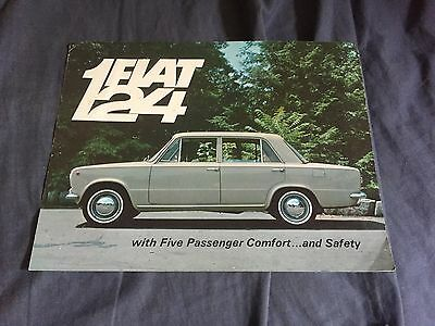 1967 Fiat 124 Sedan USA Color Brochure Catalog Prospekt