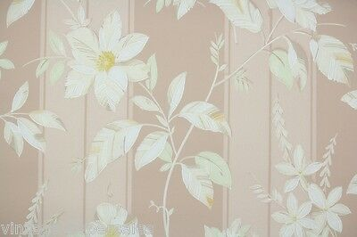 1930s Vintage Wallpaper White and Yellow Flowers on Beige Stripe