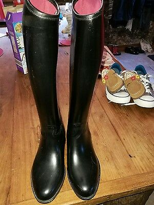 size four horse riding boots