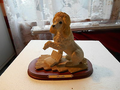 Collectable Unbranded Circa 1970S Yellow And White  Poodle  On Wood Plynth M56