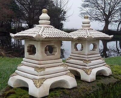 Stone Garden Oriental Japanese Lantern / Pagoda Candle Holder Ornament