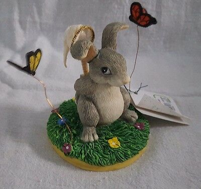 Catchin' Butterflies ~ Charming Tails ~ 87/423 (Fitz & Floyd Collectible)