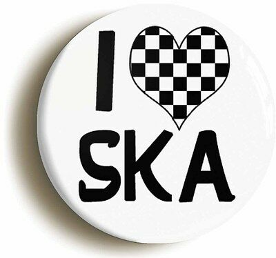 I LOVE HEART SKA CHECK BADGE BUTTON PIN (Size is 1inch/25mm diameter) MOD 1970s