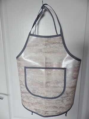 Hand Crafted KIDS DESIGN OILCLOTH CHILDRENS COOK/CRAFT APRON: GREY/PEACH SWIRLS