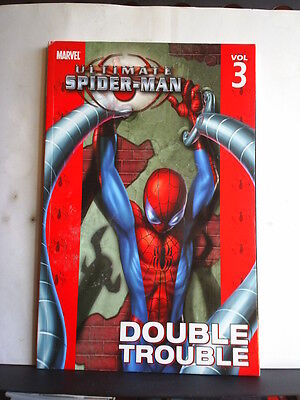 GRAPHIC NOVEL: ULTIMATE SPIDER-MAN VOLUME 3 - DOUBLE TROUBLE - Paperback 2004