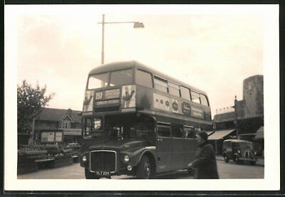 Fotografie Bus AEC Routemaster, Doppeldecker-Linienbus Linie 257 in London Clap