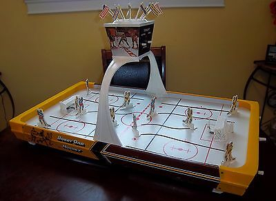 Bobby Orr Munro hockey game 1970's very rare version with yellow ends