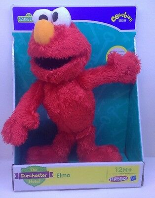 New Sesame Street The Furchester Hotel Elmo Let's Cuddle Soft Toy CBeebies