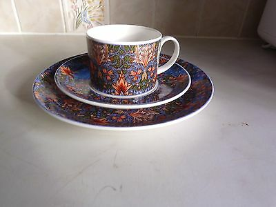Dunoon trio. Plate saucer and cup. Snakeshead