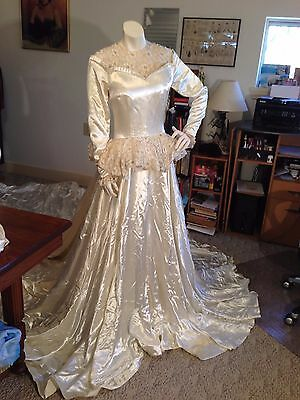 Exceptional 1940's Wedding Gown w/Royal/Monarch Extra Long Train/Custom Made
