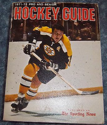 The Sporting News NHL Guide Pro & Senior Hockey Guide 1971-72 Phil Esposito # 2