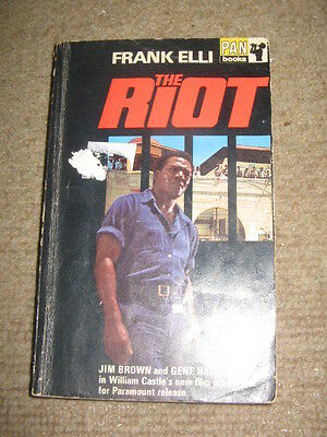 The Riot by Frank Elli PB 1969 prison novel that became movie with Gene Hackman