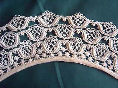 * Vintage Lace - Collar - Cream - Machine Made Lace  [Bb]