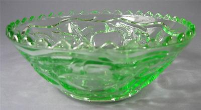 Vintage art deco green depression glass sweets/fruit bowl apples/cherries