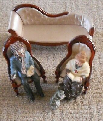 Selection 1/12th Dolls House Furniture - Lounge Chaise Longue, Chairs & Figures