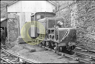MONO NEG NARROW GAUGE RAILWAY MOELWYN AT BOSTON LODGE FFESTINIOG WALES 1950-60s