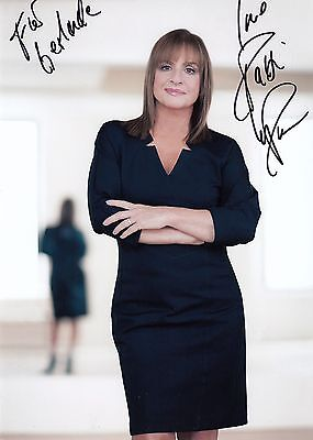 PATTI LUPONE - orig. sign. Grossfoto