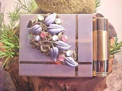 Vintage Compact Makeup Compact Lipstick Holder & Tube Deco Front Gold Metal