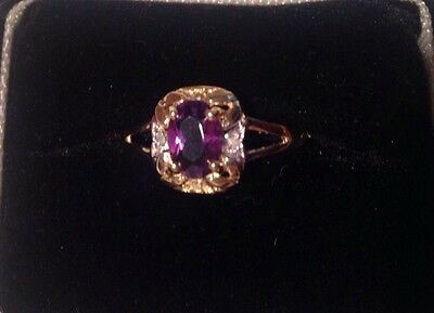 Lovely 9ct Gold Amethyst And Diamond Ring