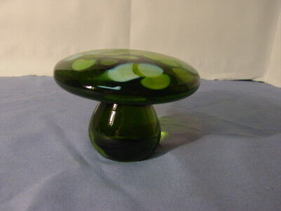 Vintage Mod 1970s Green End Of Day Glass Mushroom Paperweight