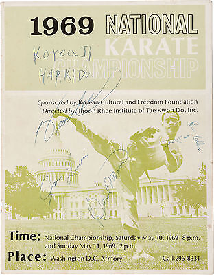 BRUCE LEE Signed Programme CHUCK NORRIS - KUNG FU Champion and Actor - preprint