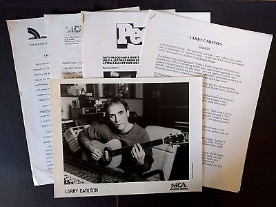 RARE Larry Carlton Press Kit for On Solid Ground! Photo N00