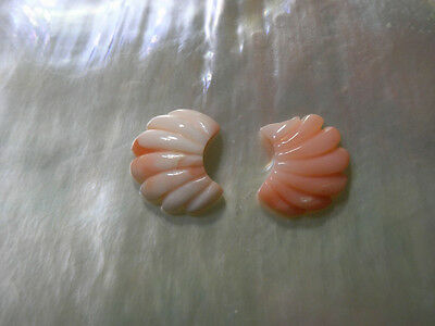 Beauty Hand CARVING CAMEO ~(coral) ~12mm*11mm.12mm*10mm(ec122).
