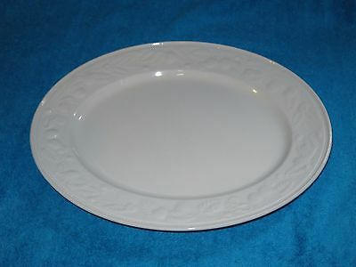 BARRATTS  STRAWBERRY VINE SIMILAR TO BHS LINCOLN large oval serving  PLATE