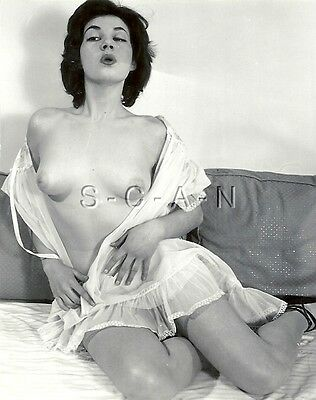 Original Vintage 40s-60s Nude RP- Brunette in Bed- Lingerie- Blows A kiss- Lips