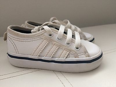 Infant Baby Boy Size 4 White Adidas Trainers