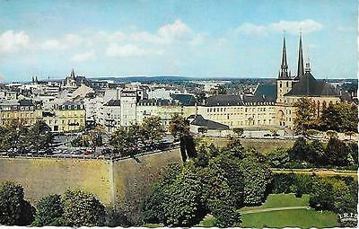 Luxemburg - Constitution Place and Cathedral - Posted Postcard
