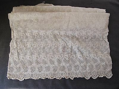 Antique Big Creamy Flowers & Leaves Embroidery Eyelet Lace Fabric Marriage Dolls