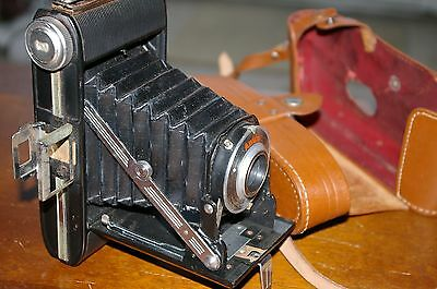 NICE VINTAGE1950s ANSCO VIKING READYSET FOLDING BELLOWS CAMERA WITH LEATHER CASE