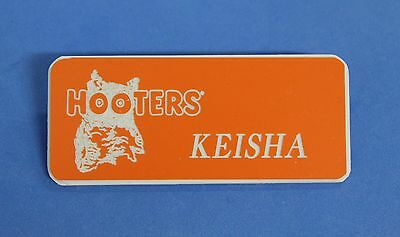 HOOTERS RESTAURANT GIRL KEISHA ORANGE NAME TAG / PIN -  Waitress Pin