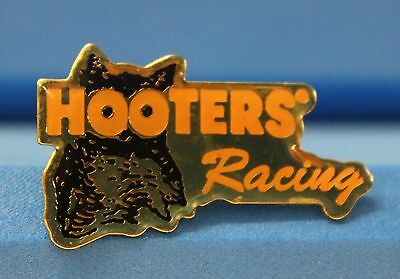 Hooters Restaurant Collectable Racing Hootie/owl Lapel Pin