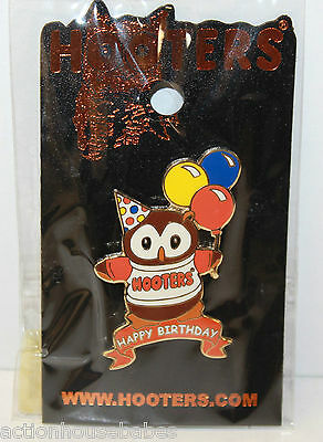 Hooters Restaurant Happy Birthday Hootie / Owl 3 Party Balloons Lapel Pin