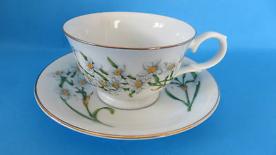 Avon Teacup & Saucer Blossoms of the Month December Narcissus