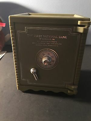 """VINTAGE """" THE FIRST NATIONAL BANK Of DANVILLE, PA. 17821 """" COMBO SAFE BANK !"""