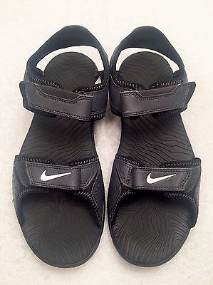 Boys Size 5 Youth NIKE Black Double Adjusting Straps Ankle Sports Style Sandals