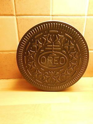 Oreo biscuit shaped tin