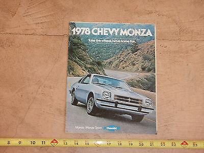 ORIGINAL 1978 CHEVROLET MONZA SPYDER AUTOMOBILE DEALER SALES BROCHURE (lot 322)
