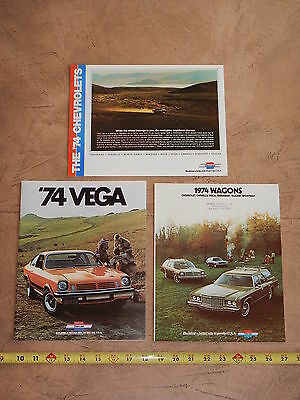 ORIGINAL 1974 LOT OF 3 CHEVROLET AUTOMOBILE DEALER SALES BROCHURE (lot 326)