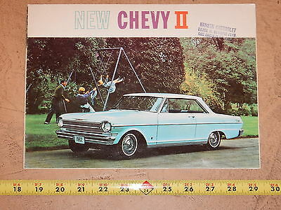 ORIGINAL 1962 CHEVROLET CHEVY II AUTOMOBILE DEALER SALES BROCHURE (lot 274)