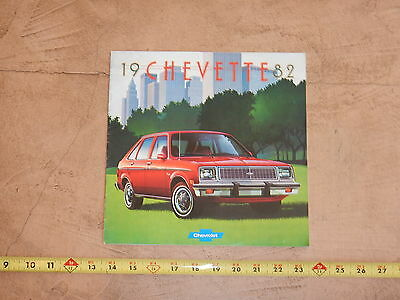 ORIGINAL 1982 CHEVROLET CHEVETTE AUTOMOBILE DEALER SALES BROCHURE (lot 323)
